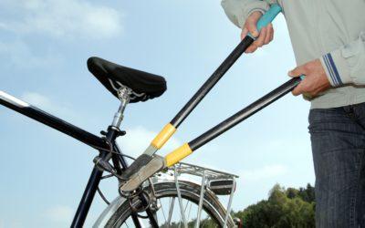 E wie einfach: E-Bikes richtig versichern